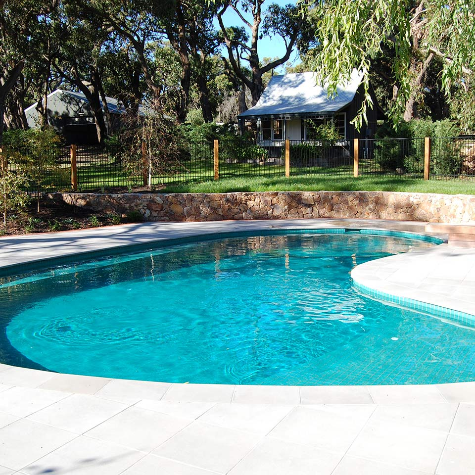 Retaining Walls for Pools