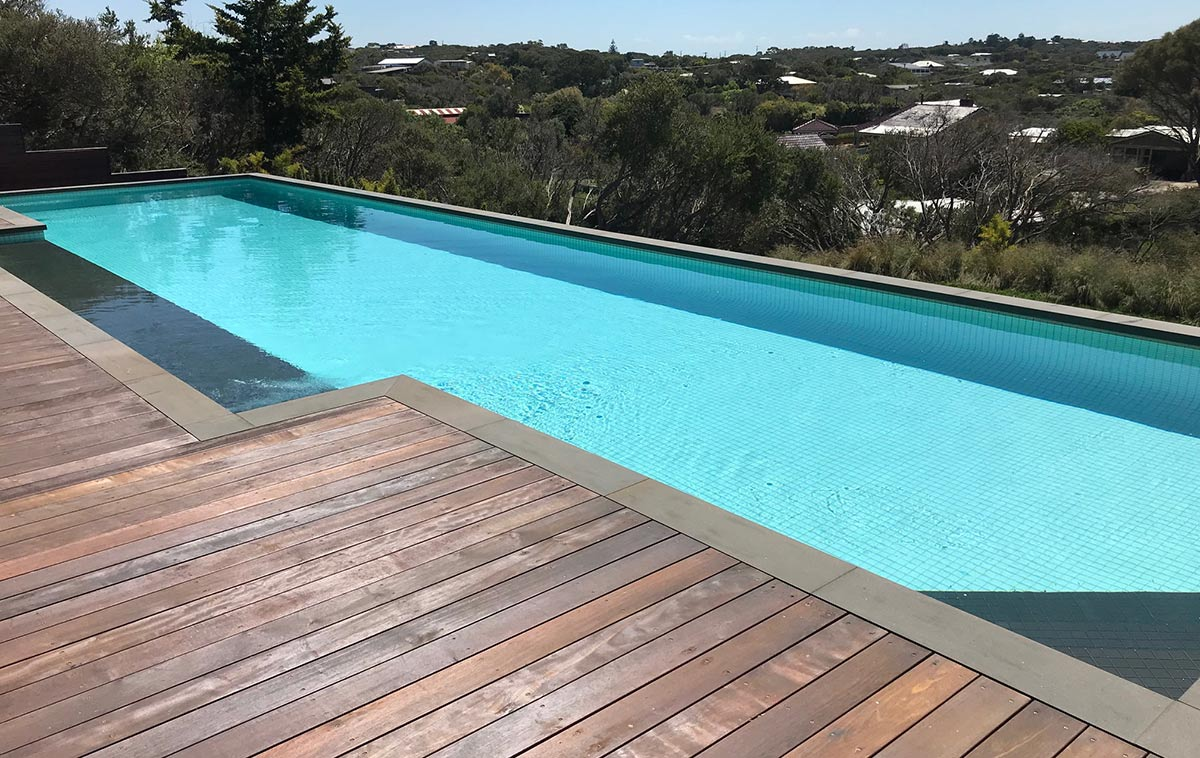 lap pool size