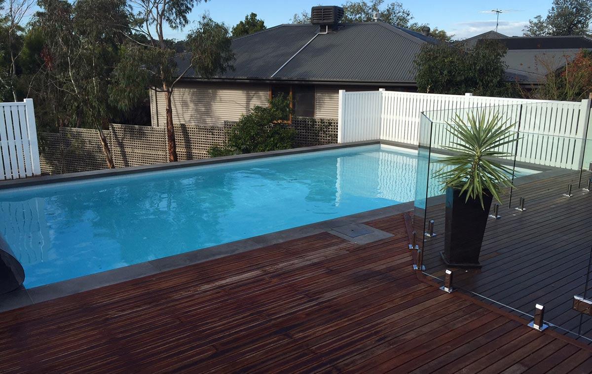 pool sloping block